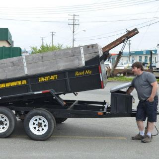 trailer with adjustable lifting bed